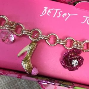 BETSEY JOHNSON Shoe Rose Crown Charm Bracelet NIB
